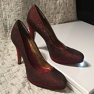 Nine West, maroon colored heels with gold threads
